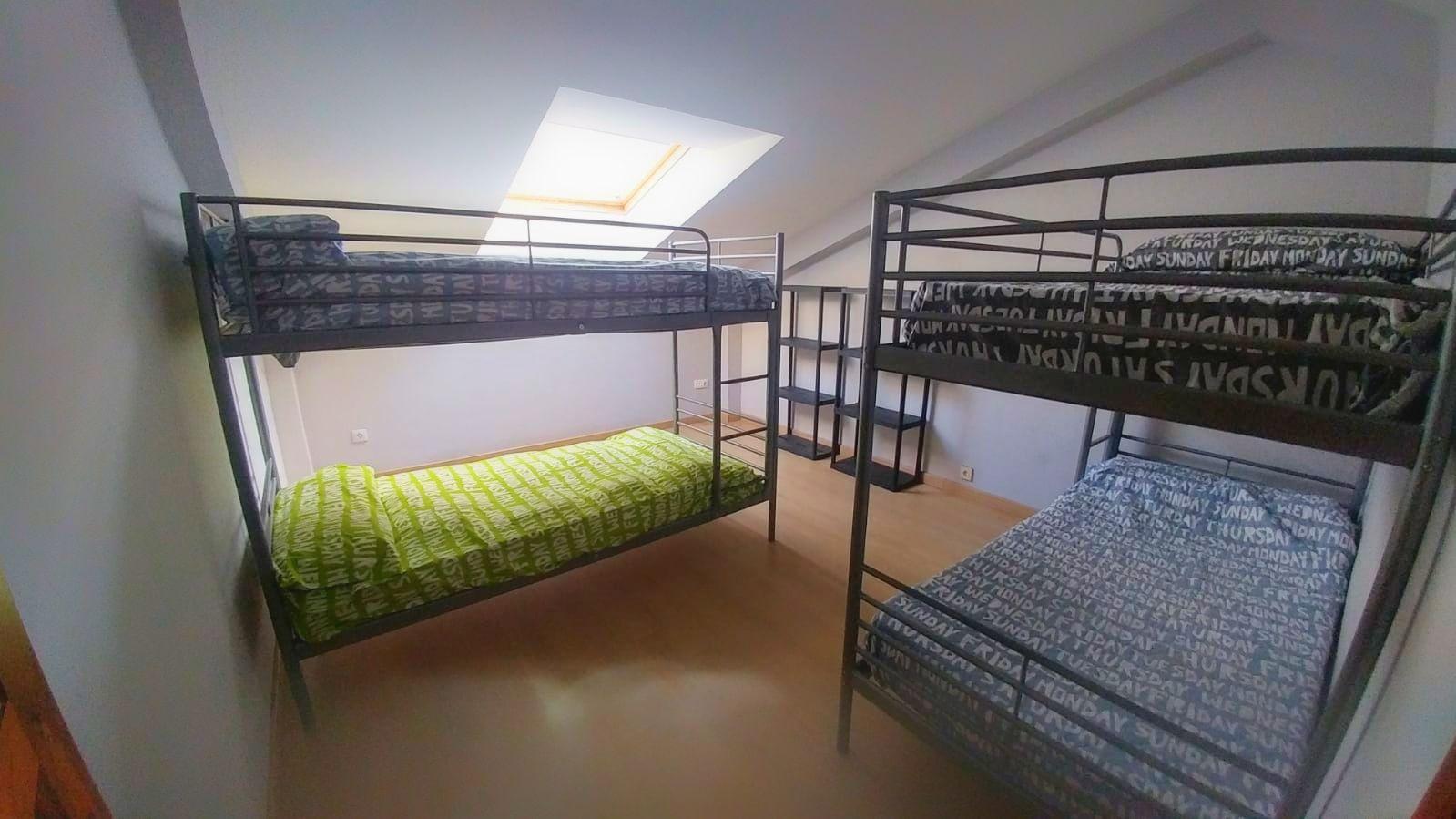 habitaciones para cuatro u ocho plazas