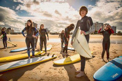 En la playa antes de surf